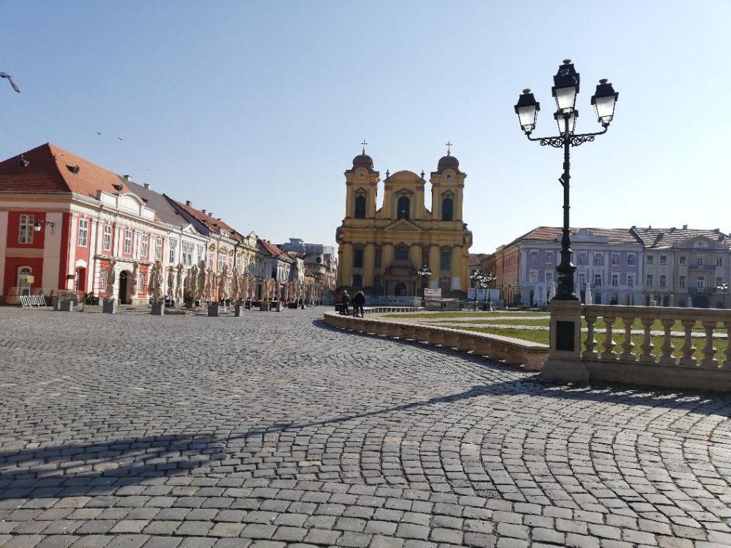 Magazinele și terasele se închid la 18.00 până cel puțin în 10 aprilie, la Timișoara. Explicațiile autorităților
