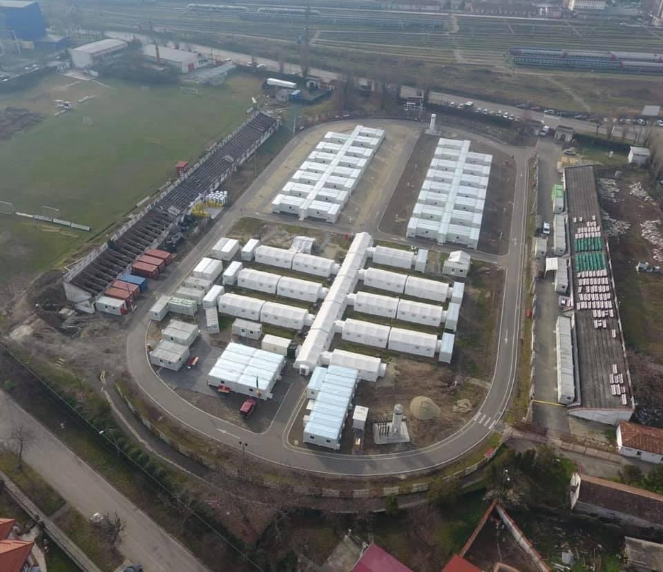 Mai multe paturi pentru pacienții gravi cu Covid-19 la spitalul de campanie de la stadionul CFR din Timișoara