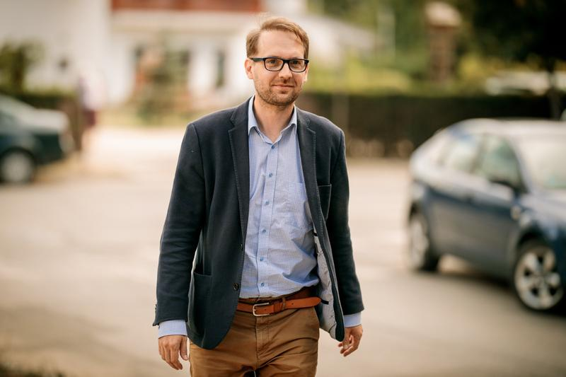 Un demers ridicol: suspendarea primarului Fritz