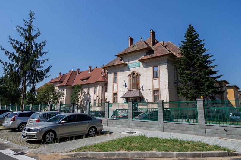 Angajații de la Spitalul de Boli Infecțioase din Timișoara, epuizați după un an de tratare a pacienților cu Covid-19