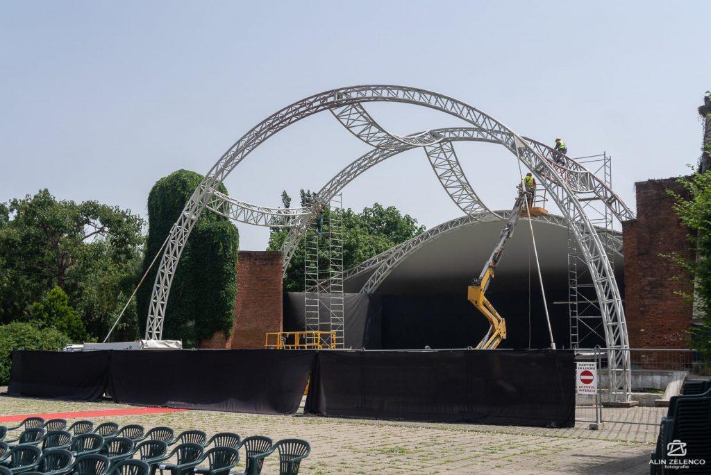 Lucrările la scena din Parcul Rozelor, termen de finalizate în ianuarie 2022