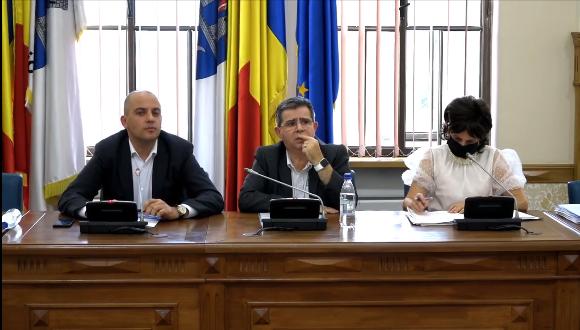 Nemulțumiri la dezbaterea privind majorarea unor impozite din 2022, la Timișoara